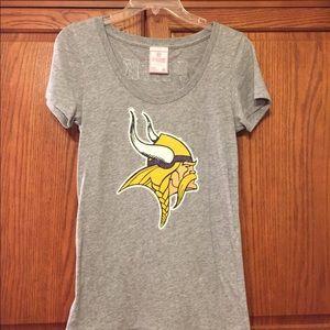 PINK | Minnesota Vikings | Gray Tee | Size Medium